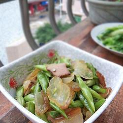 四季豆炒腊肉的做法[图]