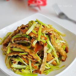 韭黄炒香干的做法[图]