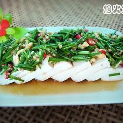 自制鸡精拌小葱豆腐的做法[图]