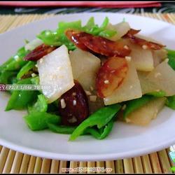 腊肠炒冬瓜的做法[图]