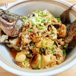 罗非鱼豆腐煲的做法[图]