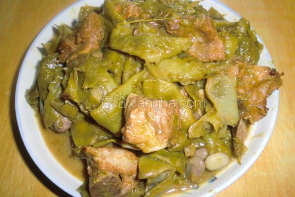 排骨炖油豆