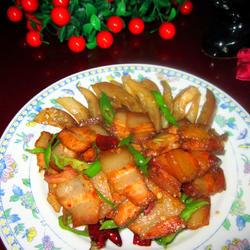 茄条炒腊肉的做法[图]