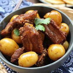 小土豆烧排骨的做法[图]
