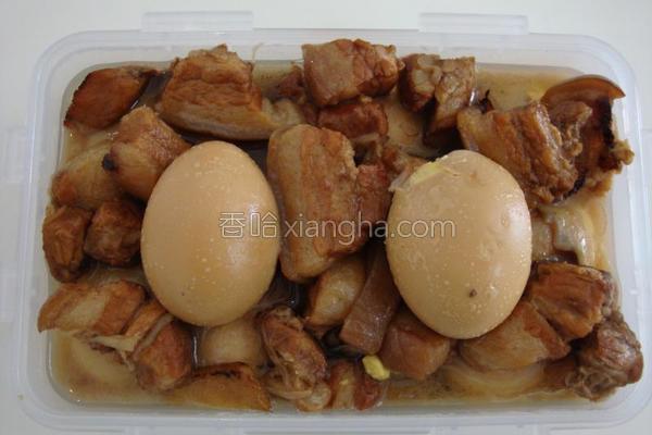 五花肉炖蛋的做法