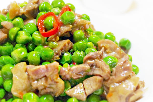 豌豆炒鸡胗