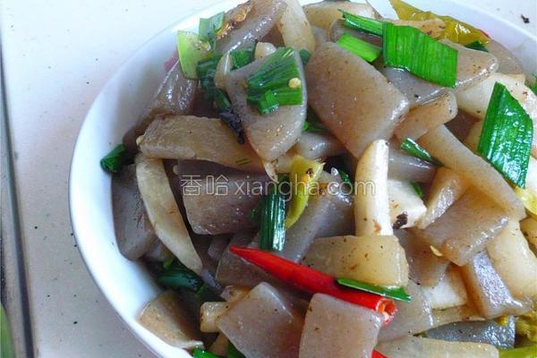 酸菜魔芋豆腐的做法