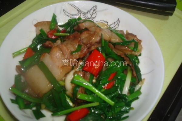 三层肉炒韭菜