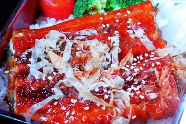 日式蒲烧鳗鱼饭