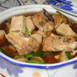 鲶鱼炖豆腐的做法[图]