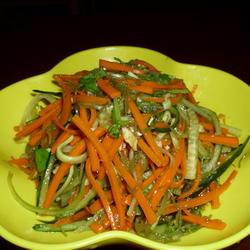青瓜胡萝卜拌海发菜的做法[图]