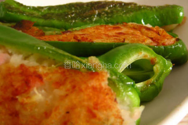 薯泥火腿焗青椒