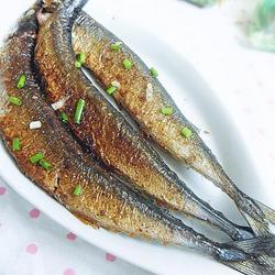 香煎秋刀鱼的做法[图]