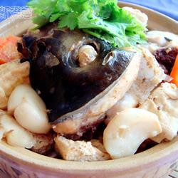 砂锅鱼头冻豆腐煲的做法[图]