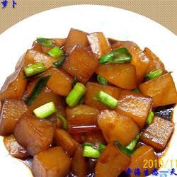 蒜苗红烧白萝卜的做法[图]