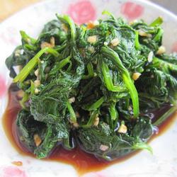 凉拌芹菜叶的做法[图]