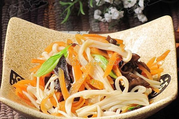 胡萝卜炒金针菇