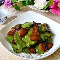青扁豆炒腊肉的做法[图]
