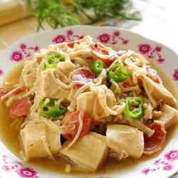 金针菇炖冻豆腐的做法[图]