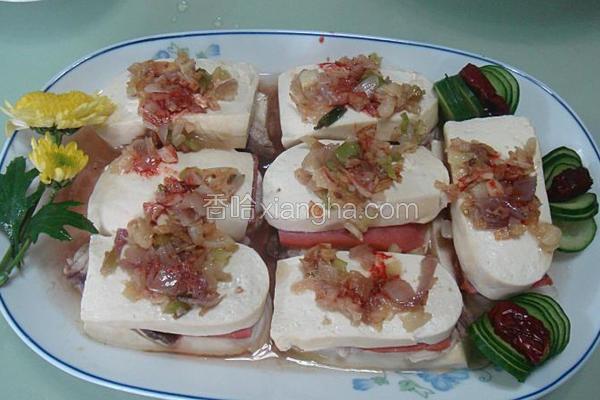 鱼肉火腿肠蒸豆腐