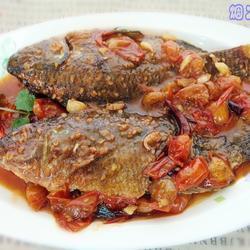 小蕃茄烧罗非鱼的做法[图]