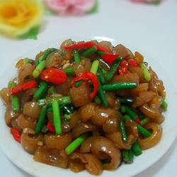 蒜苔炒猪皮的做法[图]
