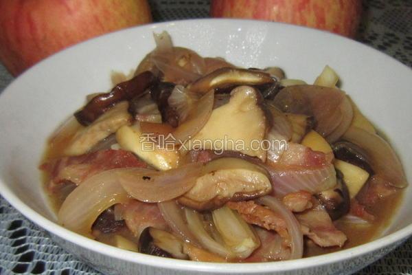 菌菇洋葱炒培根