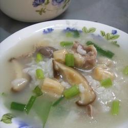 干贝香菇水鸭粥的做法[图]