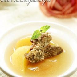 苹果杏肉沙骨汤的做法[图]