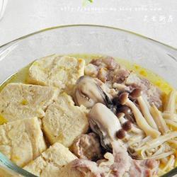 蛎黄杂菇煮冻豆腐的做法[图]