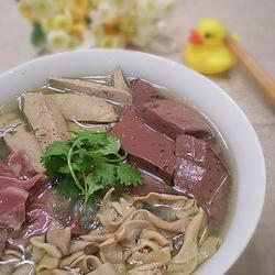 鸭血粉丝汤的做法[图]