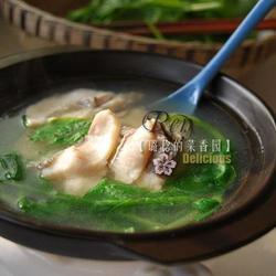 花鲢鱼片豌豆尖汤的做法[图]