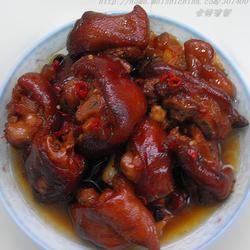 懒人秘制红烧猪蹄的做法[图]