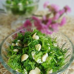 凉拌茴香杏仁的做法[图]