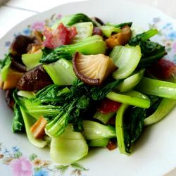 腊肠香菇油菜的做法[图]