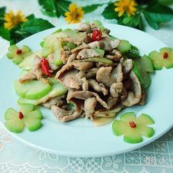 佛水瓜炒肉片的做法[图]