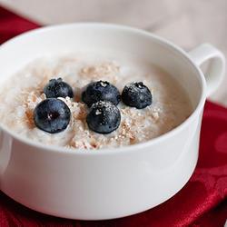奶香蓝莓燕麦粥的做法[图]