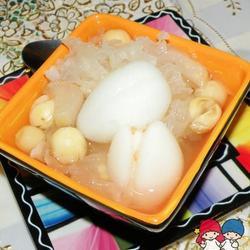 海底椰银耳雪梨汤的做法[图]