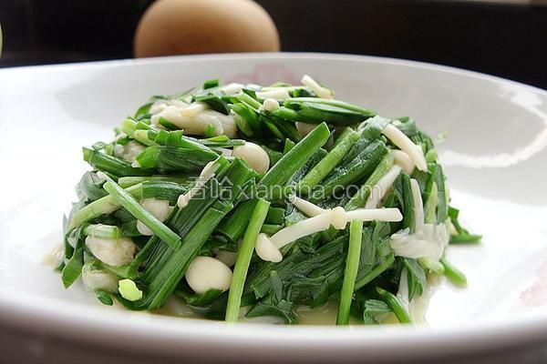 韭菜素炒金针菇