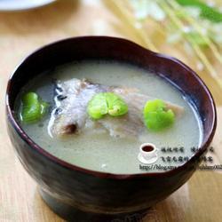 沙锅鲫鱼蚕豆汤的做法[图]