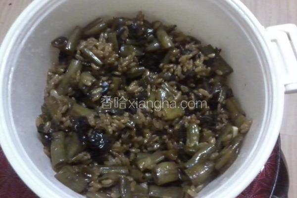 微波炉蒸咸米饭