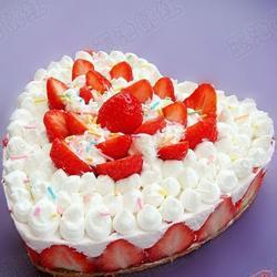 DIY奶油草莓蛋糕的做法[图]
