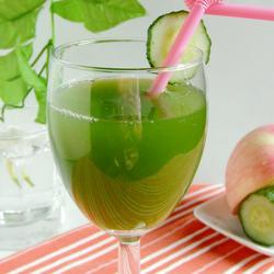 黄瓜苹果饮的做法[图]
