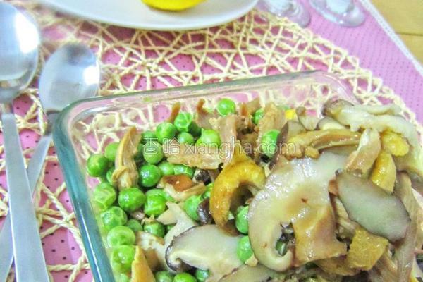 豌豆香菇鸡片