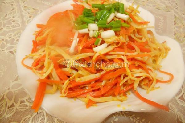 胡萝卜丝炒银鱼