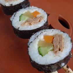 金枪鱼寿司的做法[图]