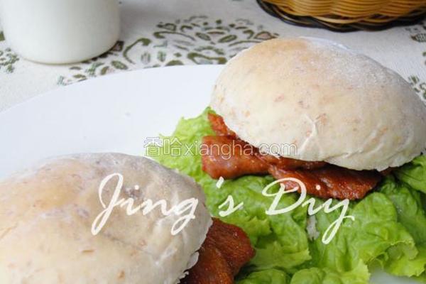 全麦葵仁小面包