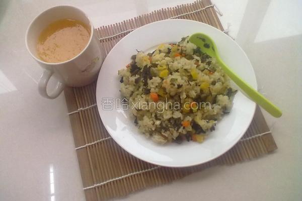 雪菜酱箩卜炒饭的做法
