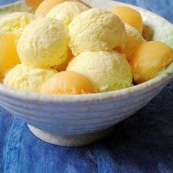 哈密瓜冰淇淋的做法[图]