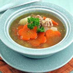 山药胡萝卜牛肉汤的做法[图]